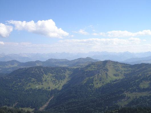 Blick zur Kette der Allgäuer Alpen.