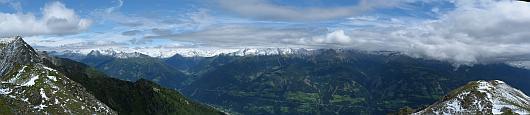 Panoram vom Teuchelspitz in die Hohen Tauern. Zum Vergrößern auf das Bild klicken.