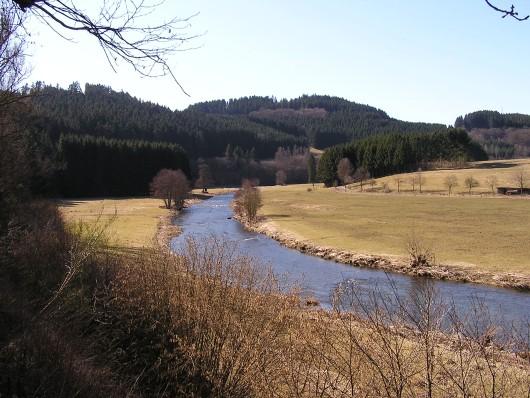 Die Eder war mal wieder erreicht. Hier zwischen Arfeld und Schwarzenau.